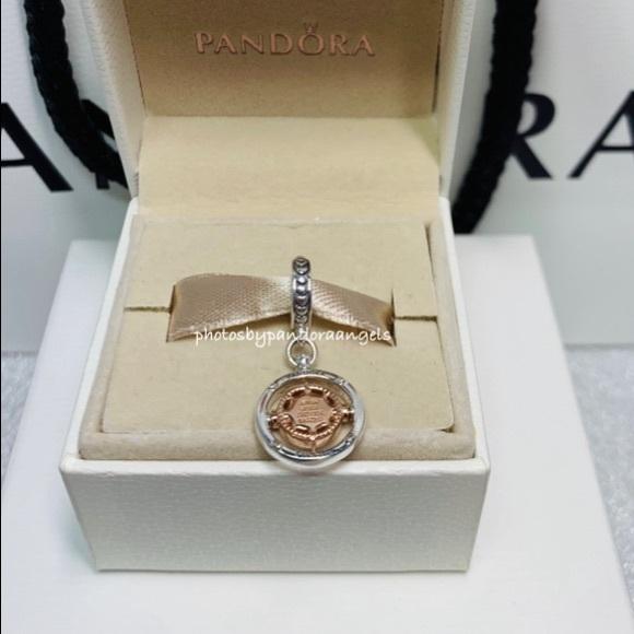 Pandora Club 2020 Compass Dangle Charm